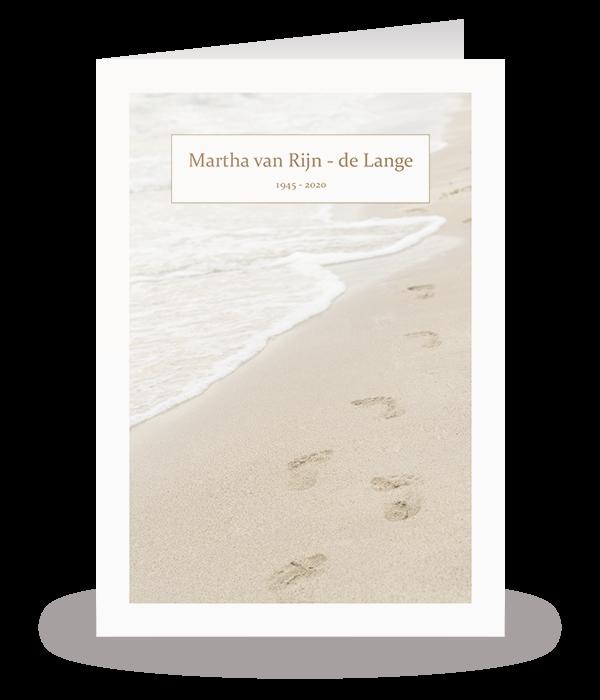 Kaart met voetstappen in het zand 1