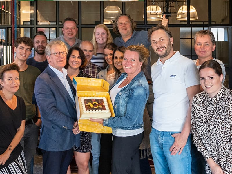 rouwmedia-hellenique-team-10jaar